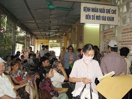 Thủ tướng phê duyệt Đề án bảo hiểm y tế toàn dân: Hỗ trợ để người dân tham gia bảo hiểm y tế