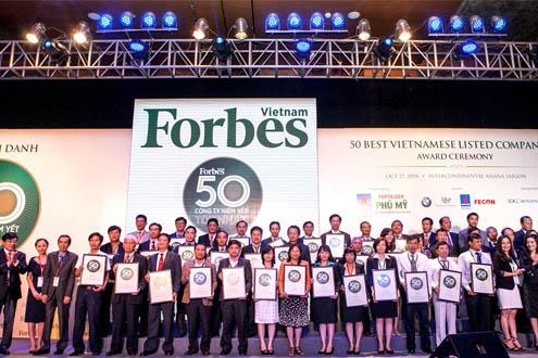 Vinamilk được Forbes vinh danh là 1 trong 50 Công ty niêm yết tốt nhất Việt Nam năm 2014