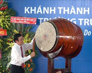 Long An: Chủ tịch nước Trương Tấn Sang dự Lễ khai giảng tại trường THPT Hậu Nghĩa
