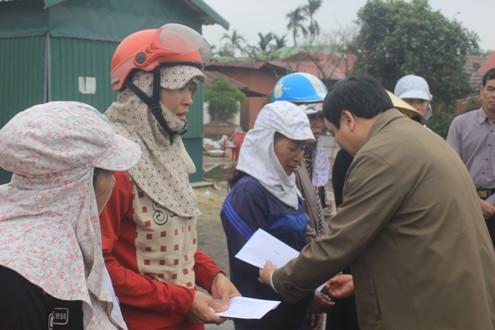 Chính quyền hỗ trợ các tiểu thương trong vụ cháy chợ Ngã tư Sòng