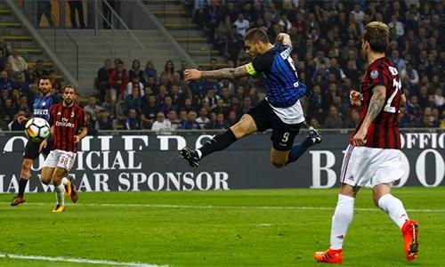 Icardi lập hat-trick, Inter đánh bại Milan ở phút 90