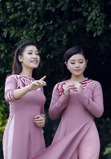 Chị em Sao mai Bích Hồng- Thu Hằng ra MV ngợi ca phụ nữ Việt Nam
