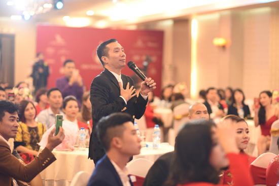 NTK Đỗ Trịnh Hoài Nam đấu giá được gần 1 tỷ đồng làm từ thiện