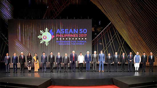Thủ tướng chính thức dự khai mạc ASEAN-31