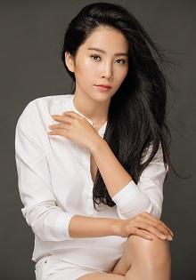 Nam Em lọt Top 50 Hoa hậu đẹp nhất thế giới năm 2016