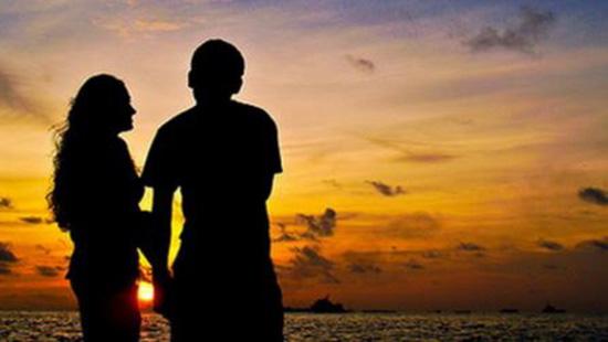 Tình yêu có thể bắt đầu từ cái nhìn đầu tiên?