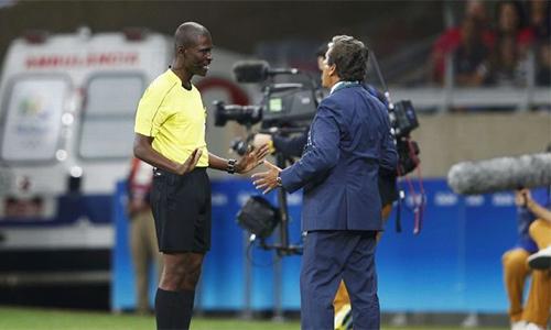 FIFA treo còi vĩnh viễn trọng tài bán độ ở vòng loại World Cup