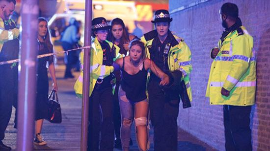 Nổ lớn tại sân vận động Manchester, hàng chục người tử vong