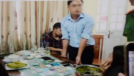 Giám đốc Sở KH&ĐT tỉnh Yên Bái đưa 200 triệu đồng cho nhà báo Duy Phong có cấu thành tội đưa hối lộ?