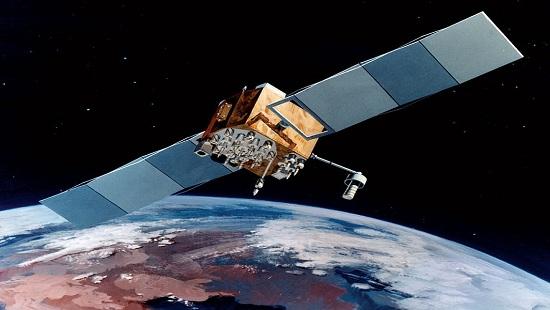 Kỹ sư Mỹ lĩnh án vì rao bán bí mật vệ tinh cho Nga